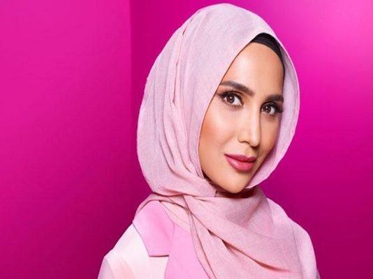 amena khan, loreal, elvive, hijab, hoofddoek, reclame