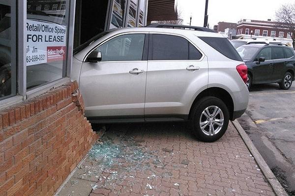 crash, auto, rijexamen, meisje, buffalo